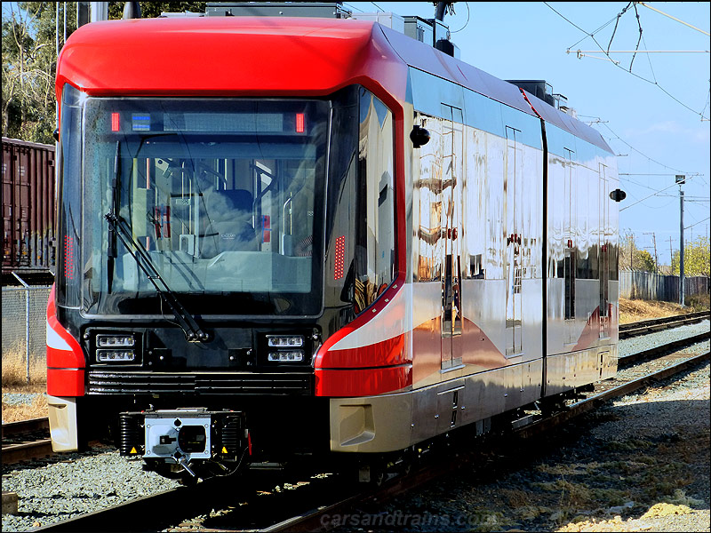 New Siemens S200 LRVs are being built in Sacramento